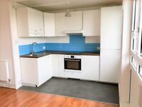 1 bedroom flat in Sceaux Gardens, London, SE5