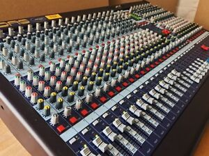 Midas Venice 320 analog console in immaculate condition