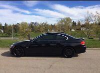 BMW 335i, Mint Condition, Low km