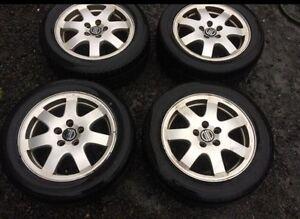 4 mags Volvo 16 pouces avec pneus