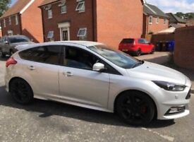 2017 17reg Ford Focus ST3 , 2,0 eco boost, black style, satnav, heated leather seats, top spec