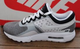 Nike Air Max Zero Essentials trainers