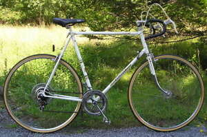 Fabulously Smooth Road Bike 12 Speed - Peugeot