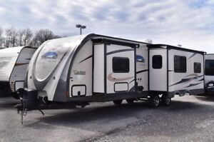 2014 Coachmen Freedom Express....3 Slides!