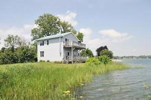 Furnished accommodations - Twin Oaks Waterfront Escape