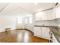 Lovely & Bright Refurbished, Furnished 2 bed Flat in N4