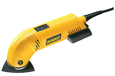 Dewalt 300W Detail Sander with Dust Extraction 240v *Brand New with VAT Receipt*