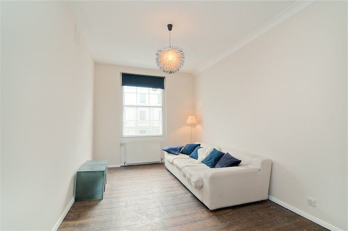 CHARMING ONE BEDROOM APARTMENT AVAILABLE NOW / ICONIC LOCATION OF PADDINGTON / SUPERB CONDITION