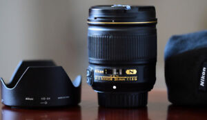 Nikon 28 f1.8  AF-S lens in mint condition