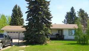 Family home only 15 minute drive from Melfort!
