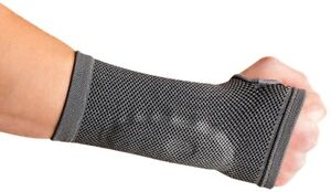 Synergy Therapeutic Wrist Support with Silicone Gel (Medium)