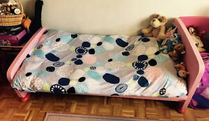 LIT ENFANT COMME NEUF -CHILD BED AS GOOD AS NEW