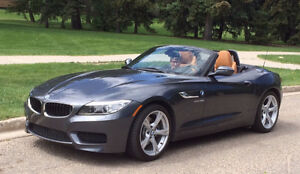 2014 BMW Z4 Convertible, like new !