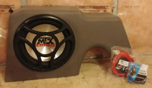 "MTX amplified Thunderform with 12"" subwoofer"