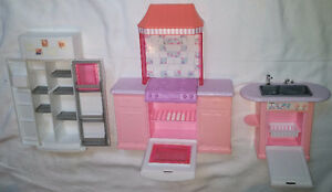 3 Piece Pink Barbie Doll Kitchen Set - Fridge, Stove / Oven Sink London Ontario image 2