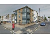 2 Bedroom Purpose Built Flat Available to Rent now in Stratford. E15