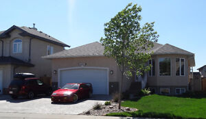 Discount Rent. Garage Parking, Spacious Home Friendly Landlord