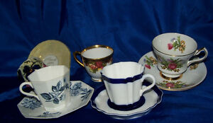 English cups and saucers Wedgwood