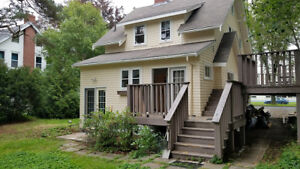 17-131 Delightful 4 bedroom home in South End