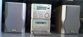 Sharp XL-60 CD RADIO CASSETTE PLAYER