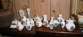Various pieces of crested china