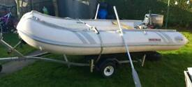 Suzumar 4 metre and Yamaha 25 hp outboard and trailer