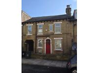 3 bedroom house to let in BD7