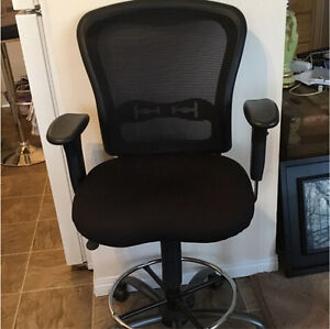 Office/Computer Chair Strathcona County Edmonton Area image 1