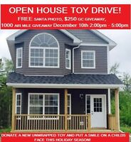 ***SANTA CLAUS IS COMING TO TOWN***OPEN HOUSE TOY DRIVE
