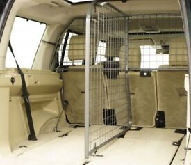 Travali Pet Guard & Divider for Land Rover Discovery 3/4
