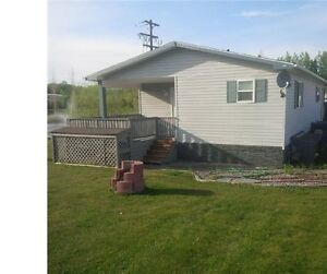 Pine Lake -  Bungalow Home $1095 Available Sept 1st!