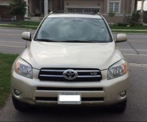 2007 TOYOTA RAV4 - Special Edition, 7 Seater, AWD, Leather,SunRf