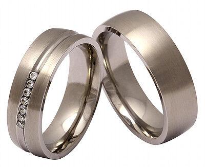 Zwei Hochzeitsringe, Eheringe, Trauringe mit kostenloser Gravur 145HD