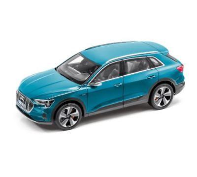 Audi E-Tron Coche a Escala Miniatura 1:18 Norev Antiguablau 5011820651