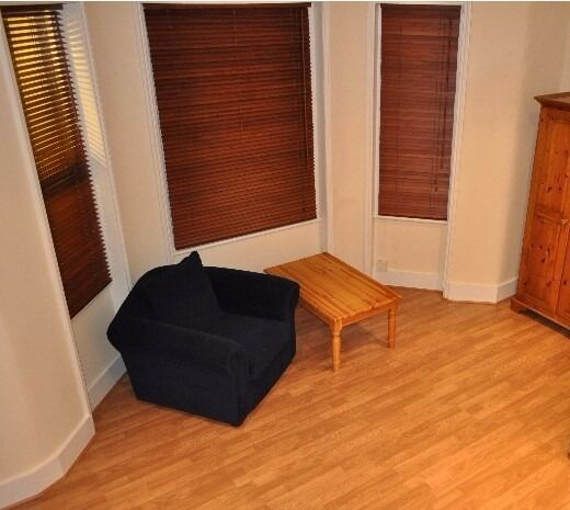 A Large Double Semi-Studio To Rent In Great