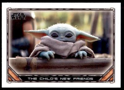 2020 Star Wars The Mandalorian Season 1 Base #44 The Child's New Friends
