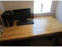 CARGO dining table GREAT CONDITION