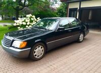 Magnificent Mercedes Benz 300 SE (1992) Automatic.