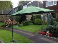**BEAUTIFUL**GARDEN CANTILEVER PARASOL**GOOD CONDITION**VERY STRONG**
