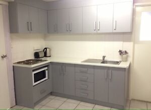 Large Studio Room for rent, furnished, expenses paid Clinton Gladstone City Preview