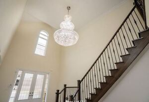*** Lovely 4 beds Family House with Finished Basement
