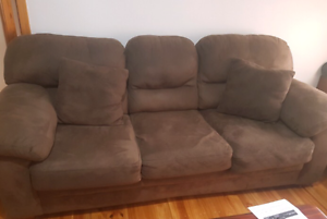 3 seater fold out sofa bed Para Vista Salisbury Area Preview