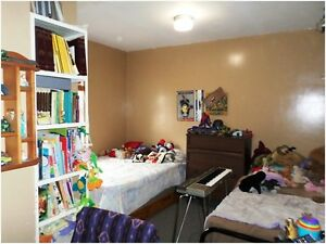 House with Contents for Sale !! Just Reduced !! Regina Regina Area image 4
