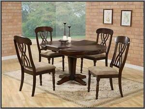 Oval Solid Table Top & 4 Side Chairs in Espresso Finish