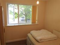 1 bedroom flat in St Helens Road, Central, Swansea, West Glamorgan. SA1 4BB