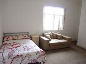 1 bedroom in Bolton Road, Farnworth, Bolton, BL4