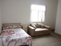 1 bedroom in Bolton Road, Farnworth, Bolton, BL4
