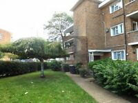 FANTASTIC BRIGHT 2 BEDROOM FLAT ON CHURCH LANE KINGSBURY CLOSE TO TRANSPORT LINKS. AVAILABLE NOW!