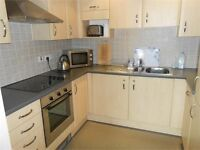 1 bedroom flat in Kings Road, Marina, Swansea, SA1 8PY