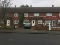 3 bedroom house in Ringway, Southall, UB2